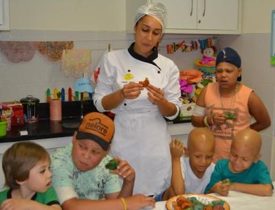 Dezembro Solidário: Cozinha FIT&FAT em prol do GACC-BA