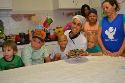 Garanta uma ceia natalina FIT e ainda ajude crianças com câncer