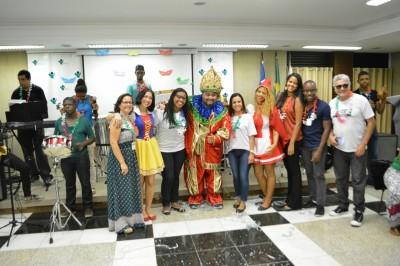 INTS promove bailinho de carnaval com banda da APAE Salvador