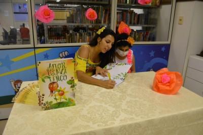 GACC-BA recebe escritora do livro infantil